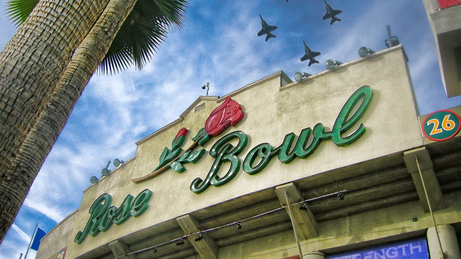 Things to do in Pasadena - Rose Bowl Stadium